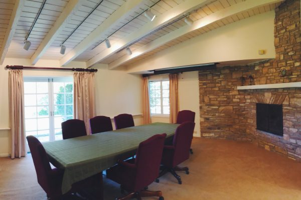 The dining room can be used for small conference meetings.